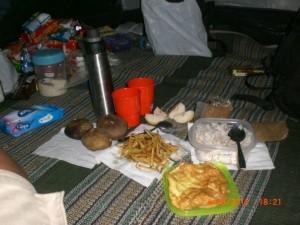 #PendakianGunungSemeru Makan Malam Sebelum Summit Mahameru