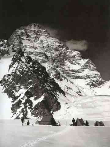 Camp Sisi Barat K2 Juni 1909 by Summit Vittorio Sella