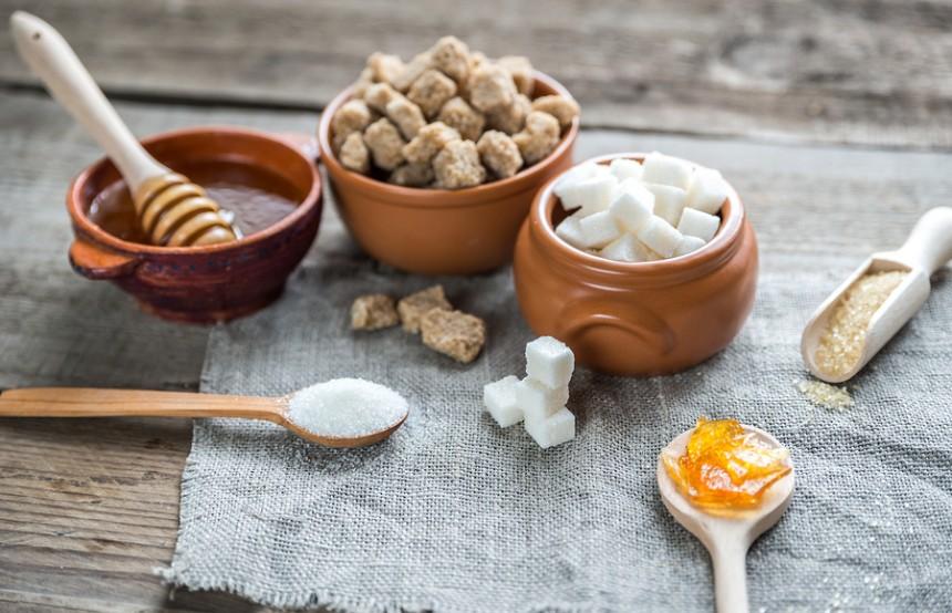 Mitos dan Fakta Madu. Madu manis itu lebih manis dari gula