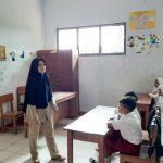 Guru Honorer Tinggal di Toilet Sekolah Selama 15 Tahun